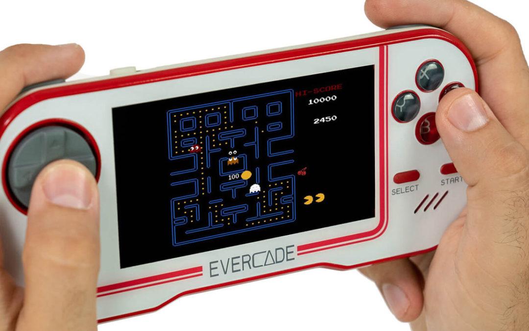 La consola retro Evercade saldrá a la venta el 12 de junio por 69,99 euros